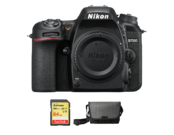 Nikon D7500 body + card 64GB SDXC + geanta Nikon