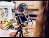 Nikon Z50 Vlogger Kit  3