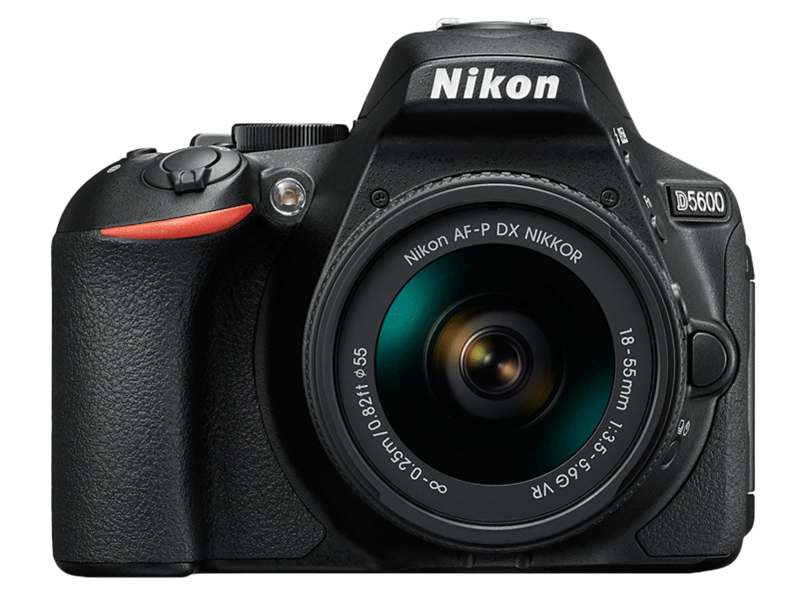 D5600 kit AF-P 18-55mm VR